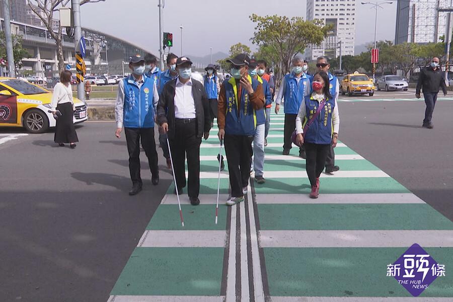智慧有聲號誌APP 助視障者過馬路更安心